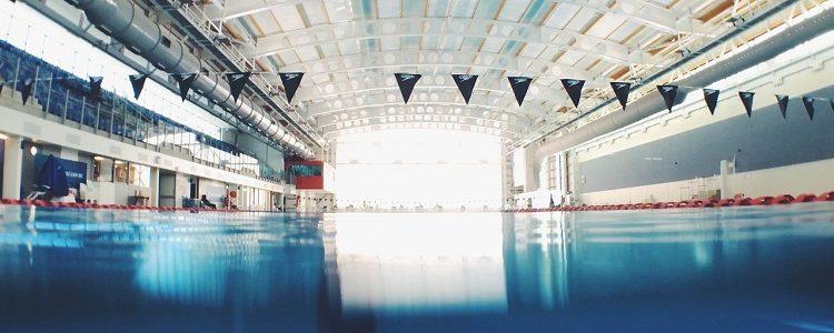 Swimming 2569525 1280